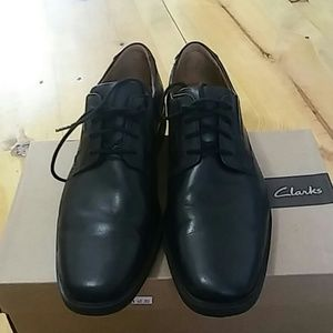 Clarks collection loafers